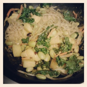 coconut curry kelp noodle stirfry