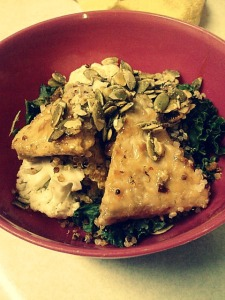 Another variation on the classic stir-fry: orange-glazed tempeh, kale, cauliflower, quinoa, pineapple, pumpkin seeds.