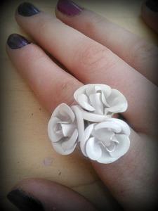 White flower bouquet ring: Forever 21.