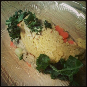 Lunch: vegan socca-style 'omelette', stuffed with chopped baby carrots, jalapeno pepper and kale.