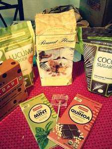 The latest iHerb order...including new-to-me lucuma powder and a free watermelon lollipop!
