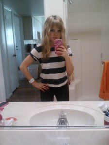 Outfit of the day (Monday): navy striped crop tee (Hollister), white watch (American Eagle), burgundy jeggings (Hollister).