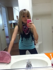 Mint lace-back tank (American Eagle). Dark wash jeggings (AE). Navy floral scarf (AE).