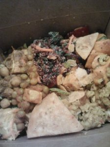 Return of the Whole Foods salad bar box.