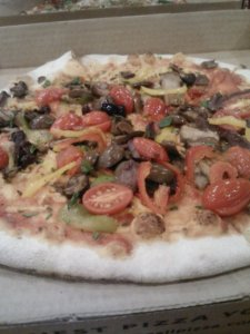 Vegan pizza from a restaurant? Too good to be true? Yep.