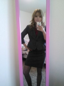 I'm so classy in my Ann Taylor skirt suit set I got on sale during Labor Day weekend and wore for the first time ever last week.